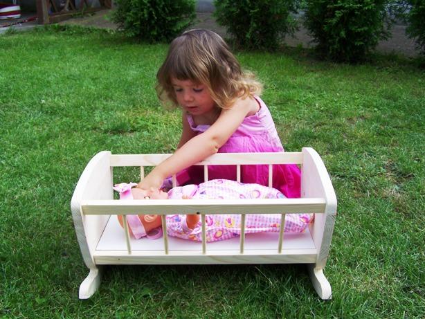 Dřevěná kolébka pro panenky - prodloužená